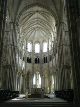 Vezelay basilica web